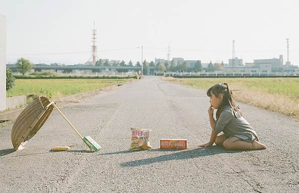 Japanese Dad Takes Conceptual Portraits of His Daughter