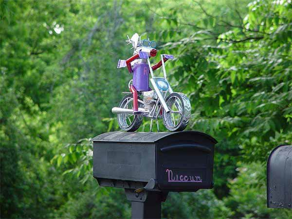Funny, Clever & Bizarre Mailboxes