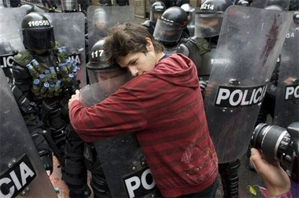 Colombian Students Fighting Riot Police