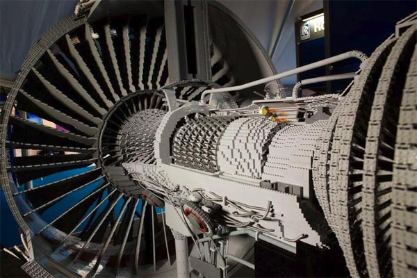 Rolls-Royce Unveils Jet Engine Made From Lego Bricks