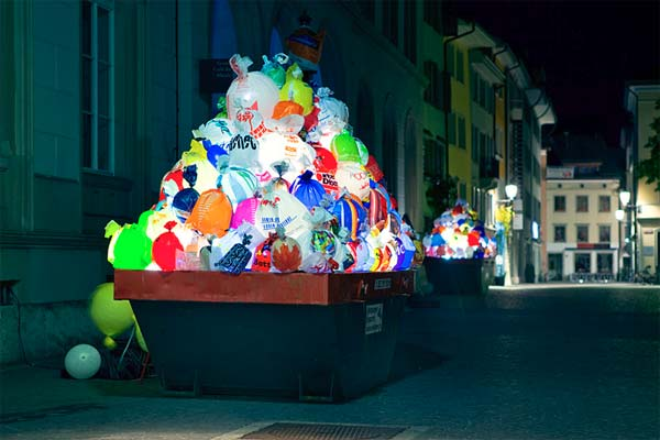 Illuminated Garbage to Raise Awareness About Plastic Bags