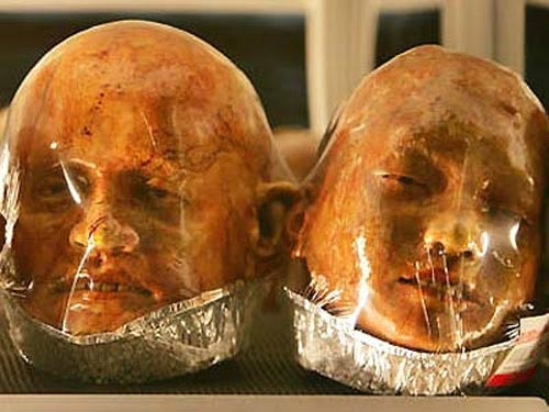 Body Bakery: Human Body Parts Sculpted Entirely From Bread