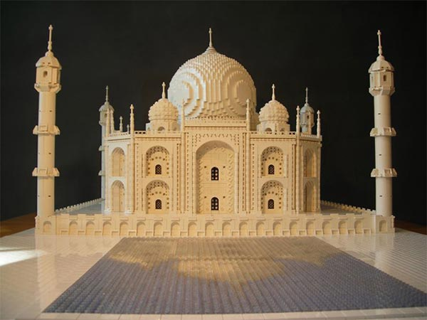Taj Mahal, India recreated with Lego bricks