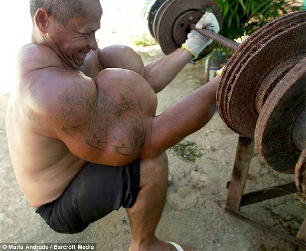Fake Biceps