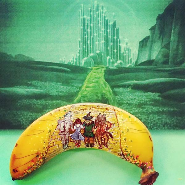 Incredible Drawing On Banana