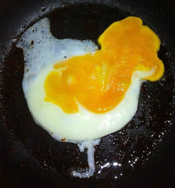 Chicken-Shaped Egg