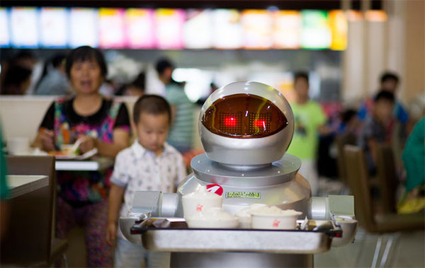 Robot Restaurant Are A Hit In China