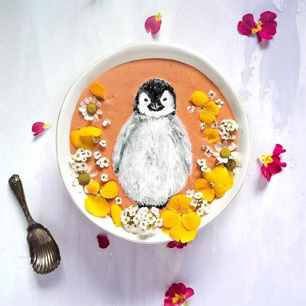 """Paint"" Beautiful Art on Smoothie Bowls"