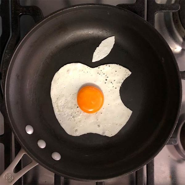 Artist Turns His Breakfast Eggs Into Works Of Art