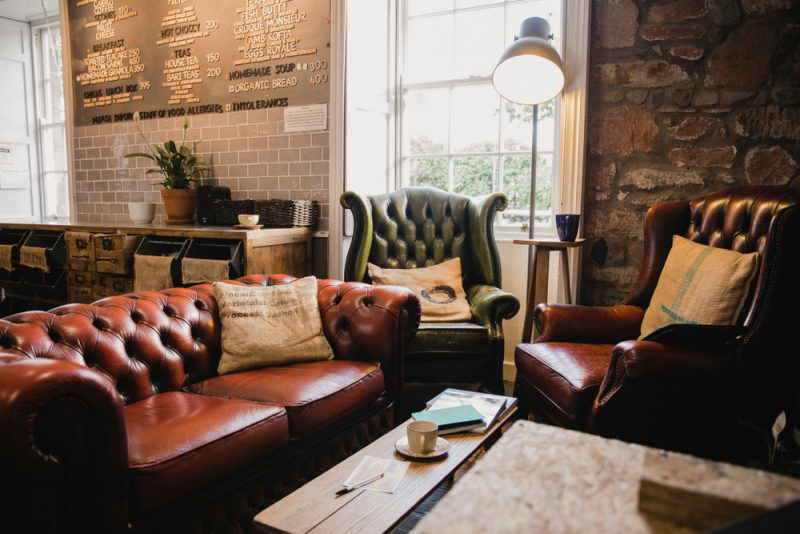 7 Tips for Cozy Coffee Shop Design: Quality Aesthetic for Repeat Customers